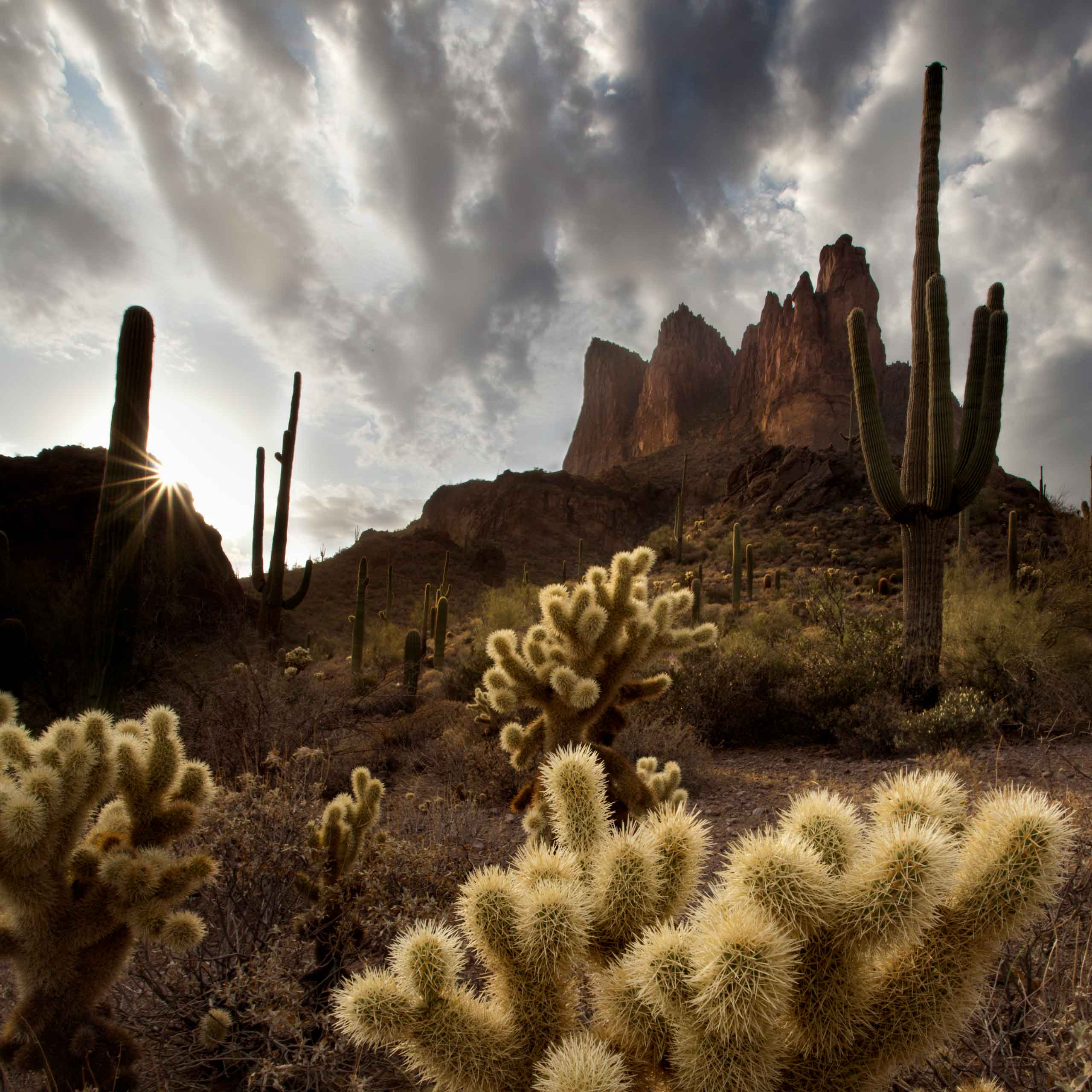 Three Sisters - desert landscape in the Superstition Mountains