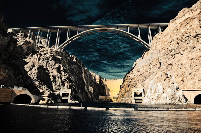 Photo of the Hover Dam and Mike O'Callaghan–Pat Tillman Memorial Bridge