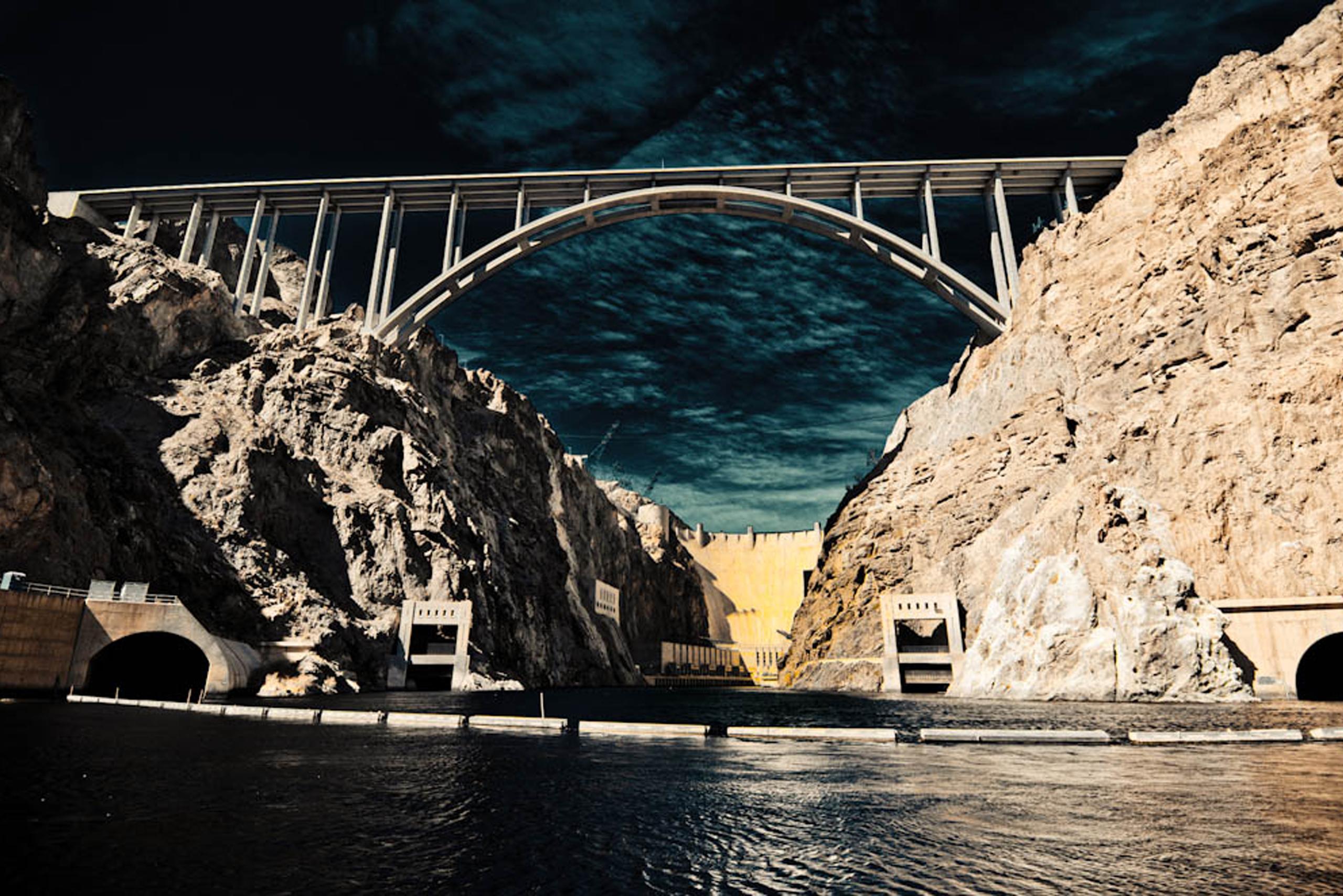 Photo of the Hover Dam and Mike O'Callaghan–Pat Tillman Memorial Bridge